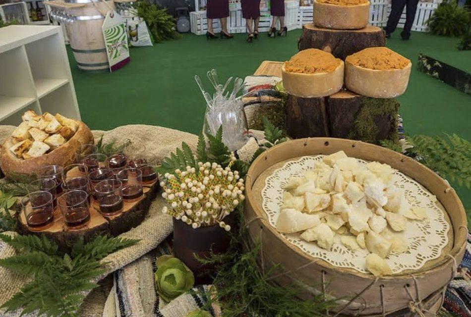 Paradores colaborará con el sector agroalimentario gomero