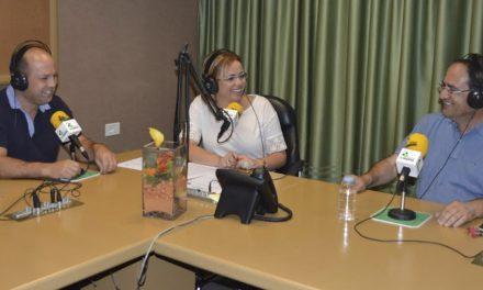 El ciclo de vitivinicultura del IES la Guancha, protagonista en la emisora de radio local