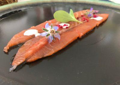 QBA_salmon_marinado_toques_ahumado