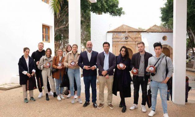 INFLUENCERS DE REINO UNIDO Y ALEMANIA, ESPECIALIZADOS EN LA PROMOCIÓN DE PRODUCTOS DE LA TIERRA, VISITAN FUERTEVENTURA