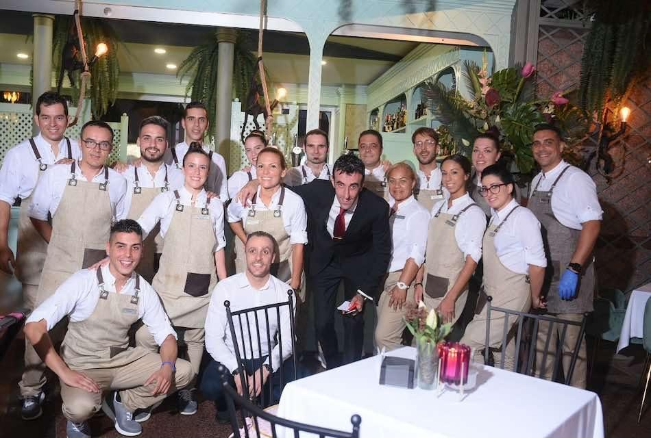 LA PLAZA DEL CHARCO EN EL PUERTO DE LA CRUZ VUELVE A BRILLAR CON COMPOSTELANA CLUB CAFÉ